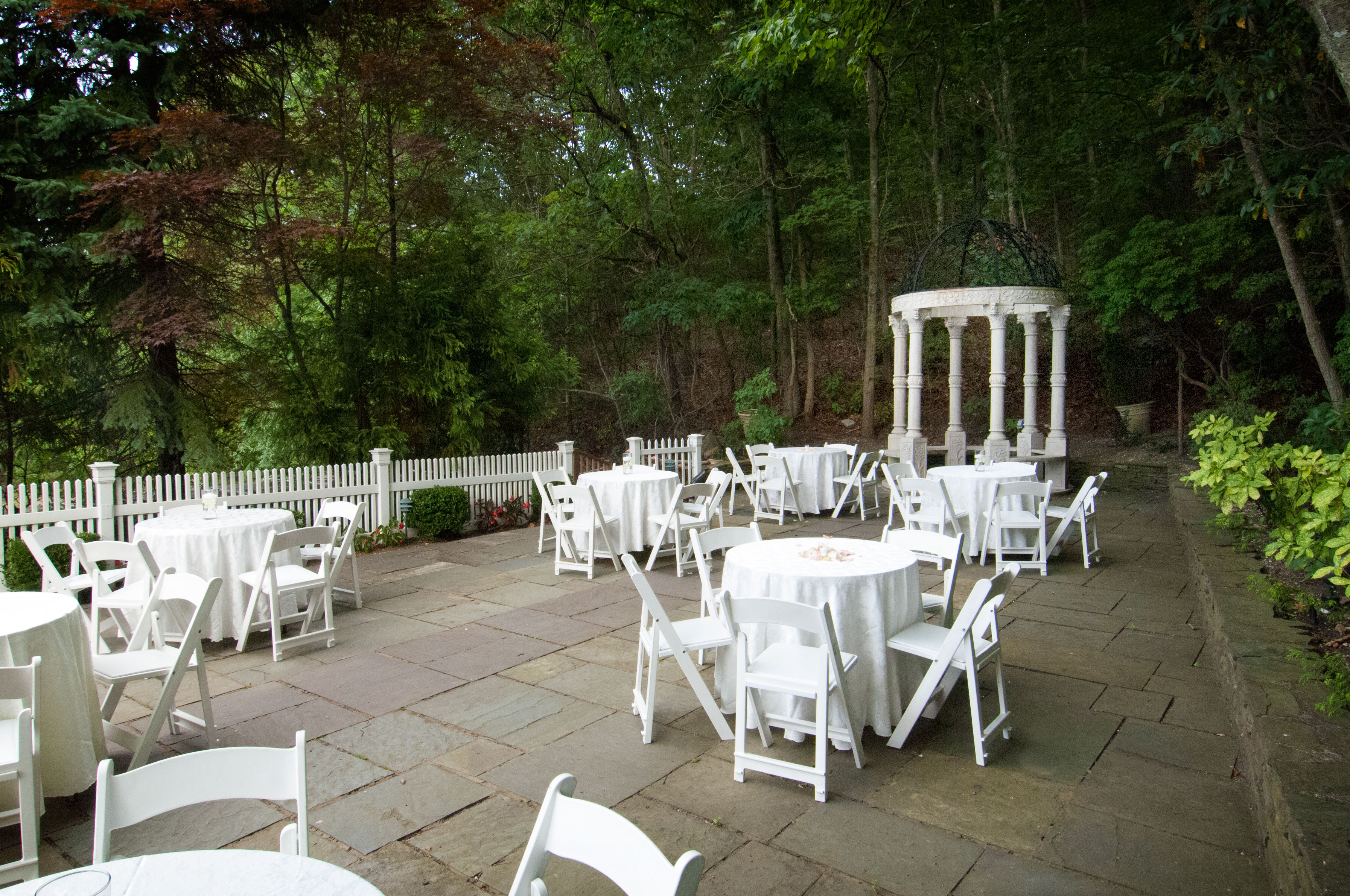 The Crestwood Manor Outdoor Events